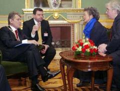 Президент в Маріїнському палаці
