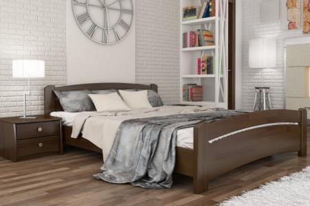 Удобная кровать и красивый интерьер способствуют хорошему отдыху