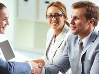 Опытные профессионалы помогают ведению бизнеса