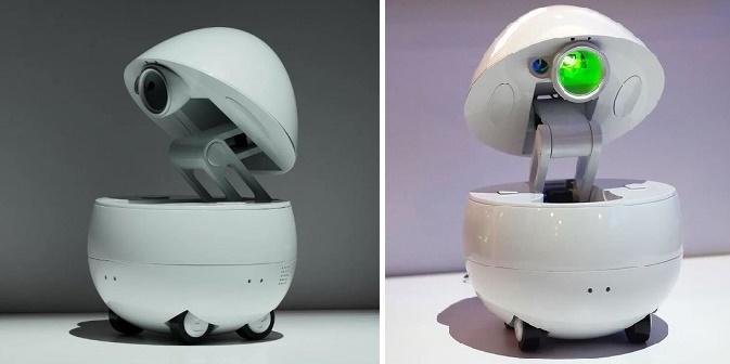 Настольный робот-компаньон Panasonic