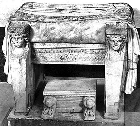 Римская мебель