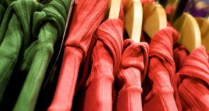 Преимущества покупки одежды оптом для бизнесмена