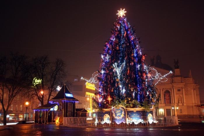 Незабываемые новогодние туры в Украине –